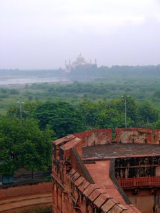Taj Mahal was designed so Shah Jahan can see his beloved wife anytime *soo sweet :'(